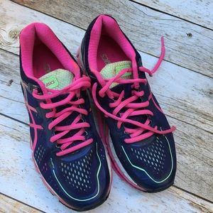 ASICS women 7.5 sneakers tennis shoes navy pink